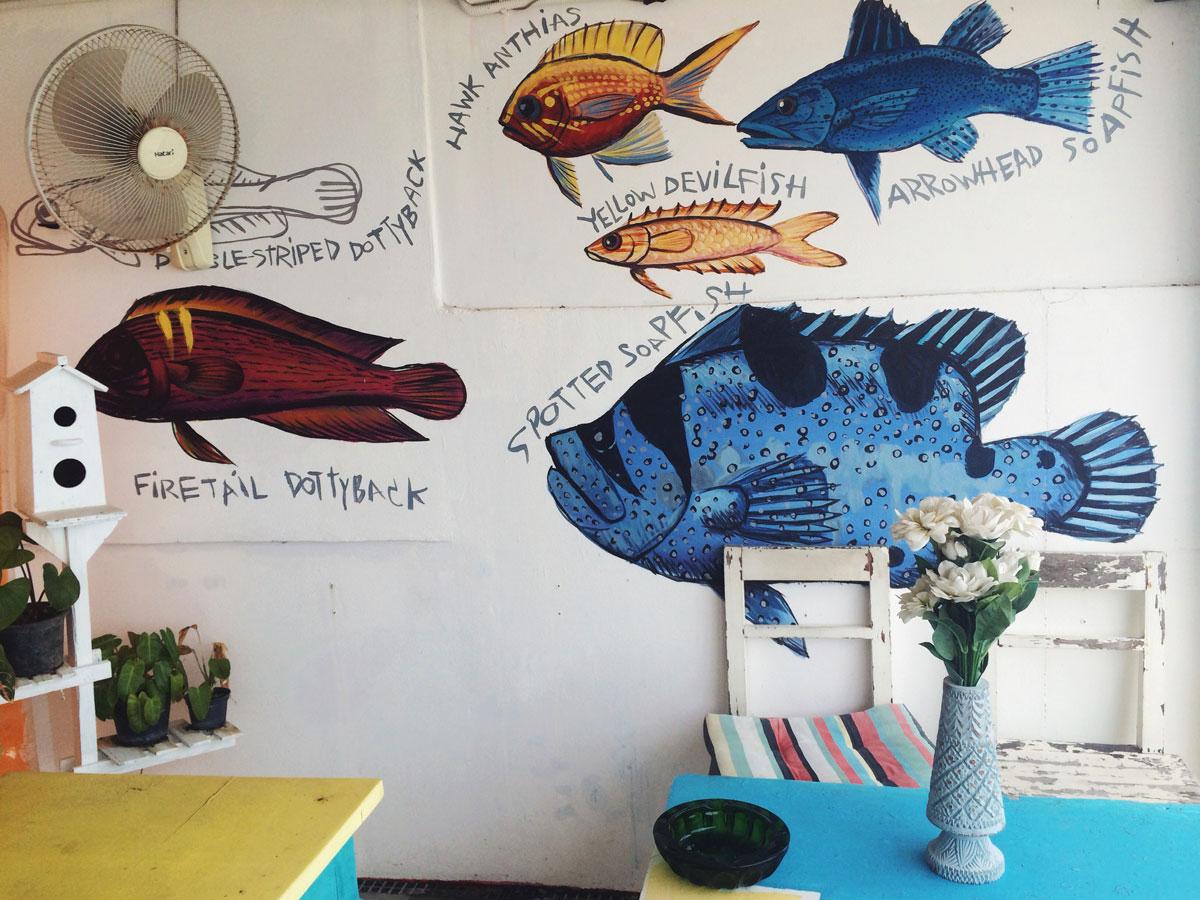 Кафе с рыбками. Самуи